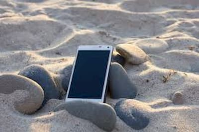 Smart Tips To Protect Your Phone All Summer Long